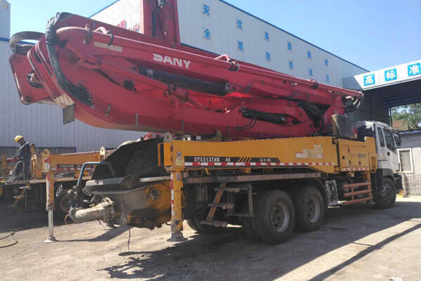 Used Sany 46 Meters Concrete Boom Pump