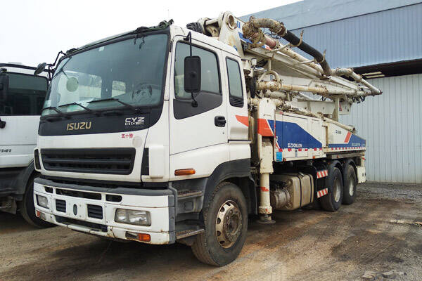 Zoomlion 38M Used Concrete Boom Truck